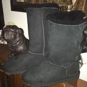 Ugg Bailey style with bow